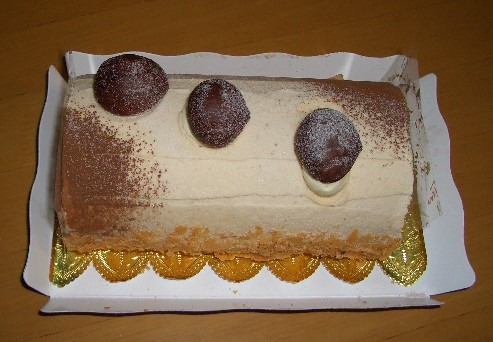マキシム・ド・パリのマロンケーキ