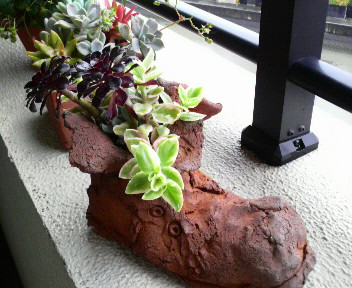 靴型テラコッタ